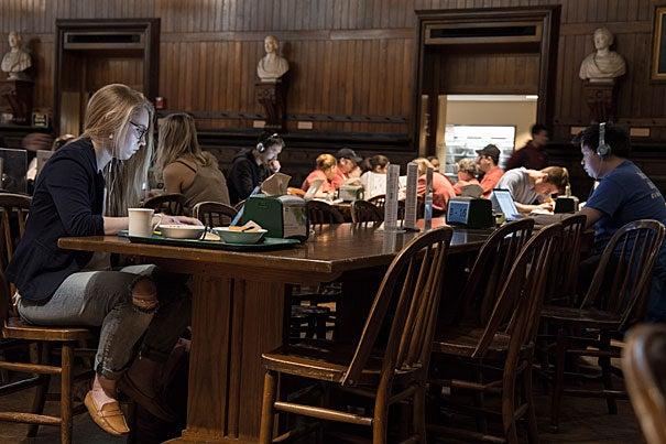 Amelia Lamp '19 studying at the Annenberg Dining hall, Harvard University. Photo by Shraddha Gupta