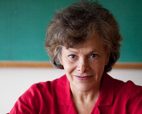 Ellen Langer, professor of psychology, is among the 2016 recipients of the Liberty Science Center Genius Awards.