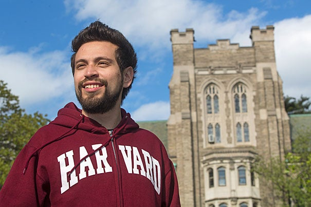 Harvard Divinity School student Nestor Pimienta, founder of Tutoring Tomorrow Today, has won a HDS community service award and was selected to be part of Harvard's Innovation Lab.
