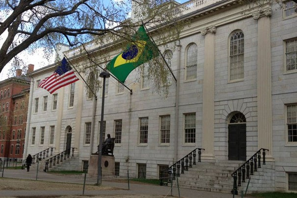 Harvard celebrated the tenth anniversary of the University's Brazil Office in São Paulo and the first round of grants from the Lemann Brazil Research Fund.
