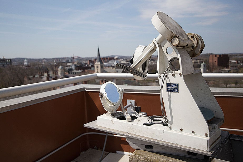 Part of the Astronomy Lab's mini solar observatory, the rooftop heliostat is used by many students to make daytime observations of the sun by aligning the mirrors with it.