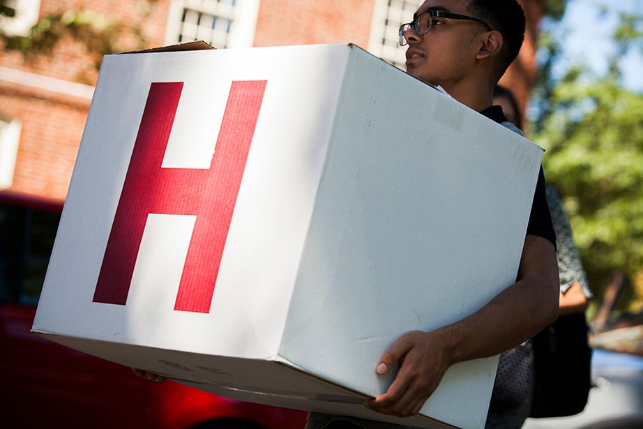 "A crimson ""H"" marks a moving box. Stephanie Mitchell/Harvard Staff Photographer"