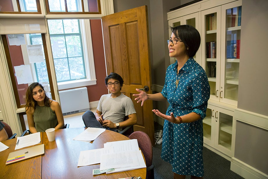 """Angela S. Allan, lecturer on history and literature, teaches """"American Economic Fictions."""" The course considers the culture of American capitalism through an examination of a range of literary and historical texts. Jon Chase/Harvard Staff Photographer"""