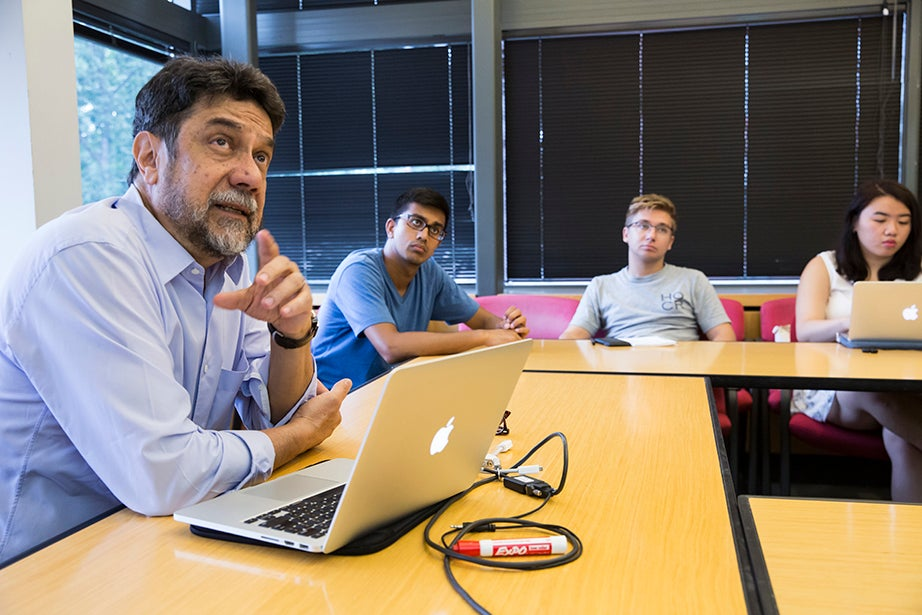 """Virgilio Almeida, the CAPES distinguished visiting professor, teaches """"The Internet: Governance and Power."""" The course covers cyberspace governance. Jon Chase/Harvard Staff Photographer"""