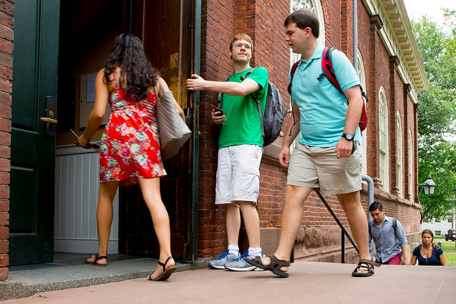 """Students file into Harvard Hall for classes during """"shopping period"""" at Harvard University. Rose Lincoln/Harvard Staff Photographer"""