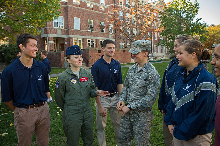 Kira Headrick '17 (second from left) leads Air Force training for Harvard students, (from far left) Matthew Ontiveros '20, Austin Carter '20, Peter Hartnett '19, Rachel Collins '20, Katherine Krolicki '20, and Raul Cuevas '20 at the Radcliffe Quadrangle.