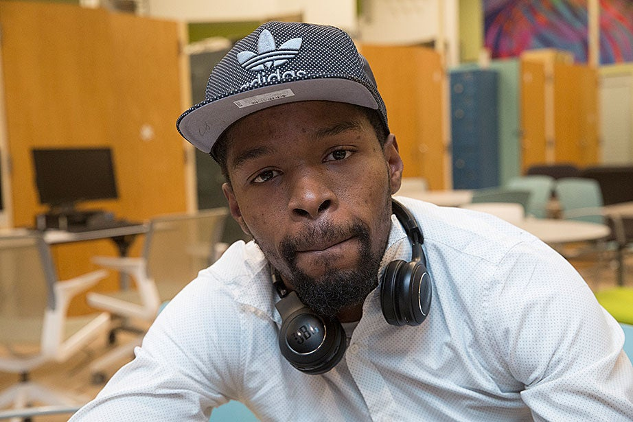 Y2Y shelter guest Dorell B. grew up in Roxbury, graduated from high school in Dorchester, and has attended two community colleges. A graffiti artist and performer of beat music, he is currently working for a ride service in a non-driving capacity.