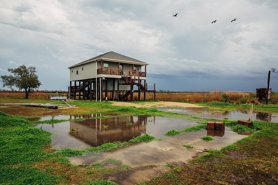 Elevated home, Hopedale, La. Photos by Aníbal Martel