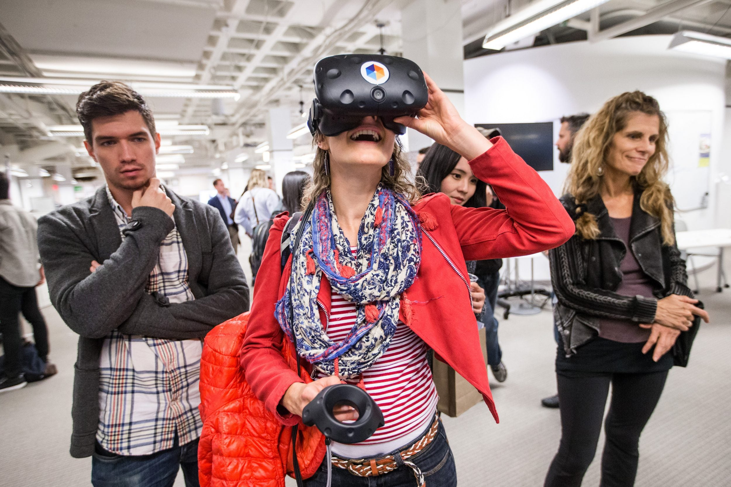 Students test out the HTC Vive virtual reality system at HUBweek.