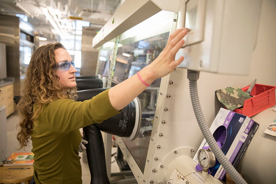 GSAS student Cristin Juda works in the Betley Lab, where a recent renovation incorporates cutting-edge sustainable technology and green building features that aim for LEED certification.