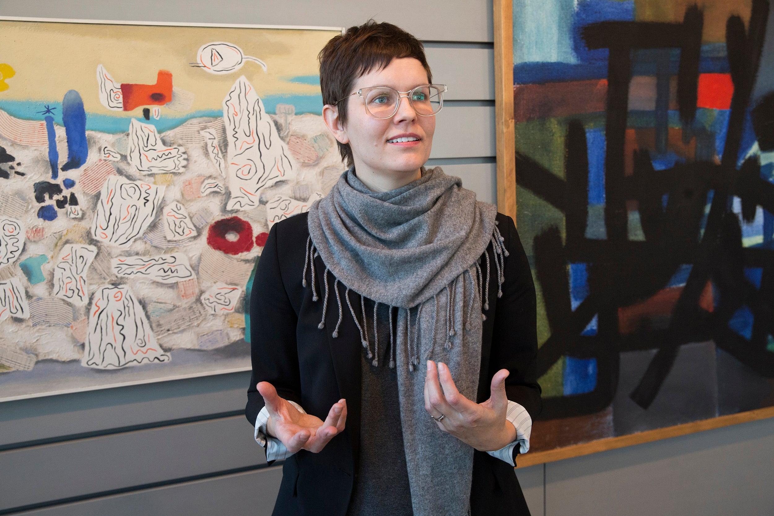 Lynette Roth