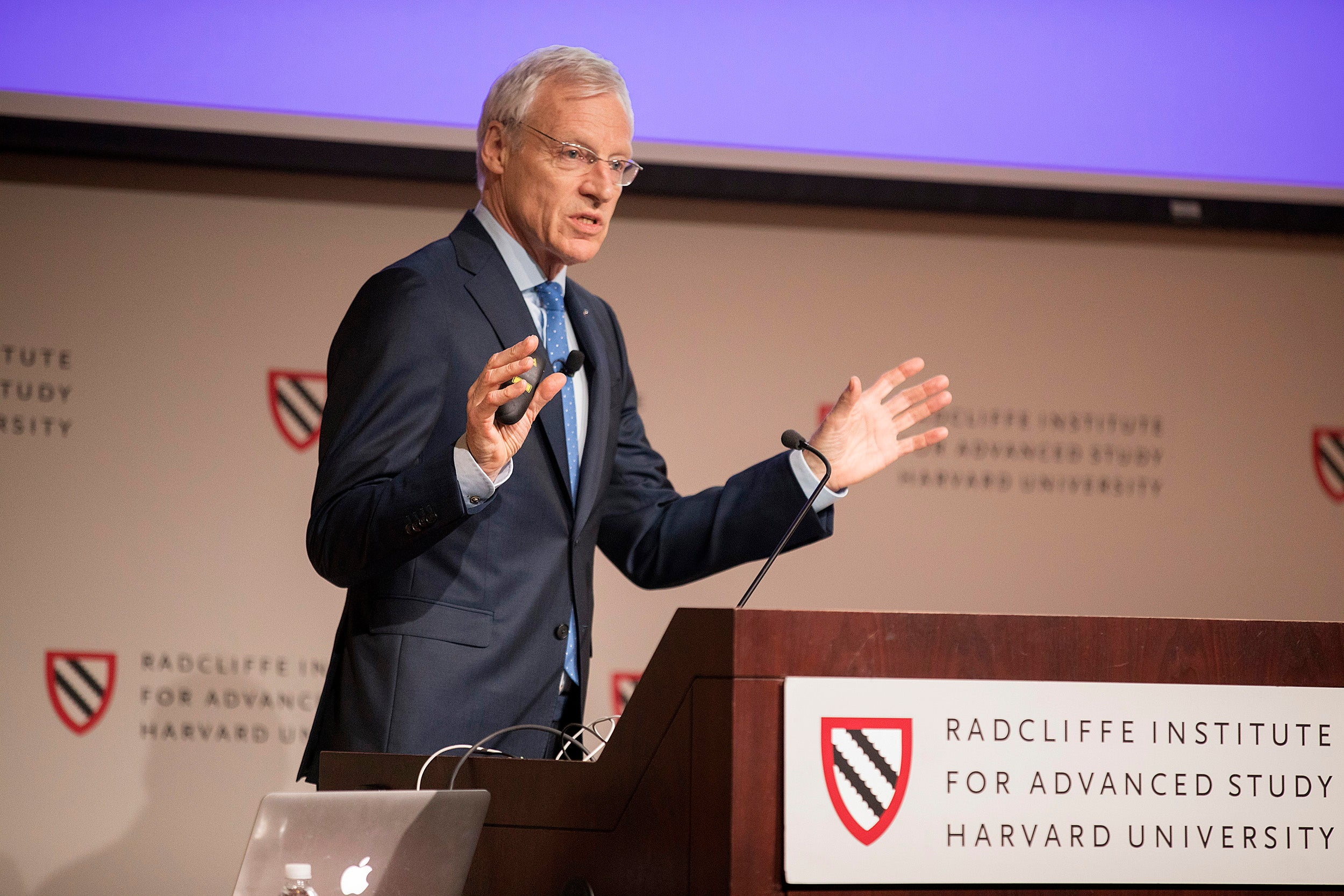 At a Radcliffe talk about the dementia epidemic, Professor Albert Hofman said most Alzheimer's cases are likely related to non-genetic causes, which would explain the decreased incidence in recent years.