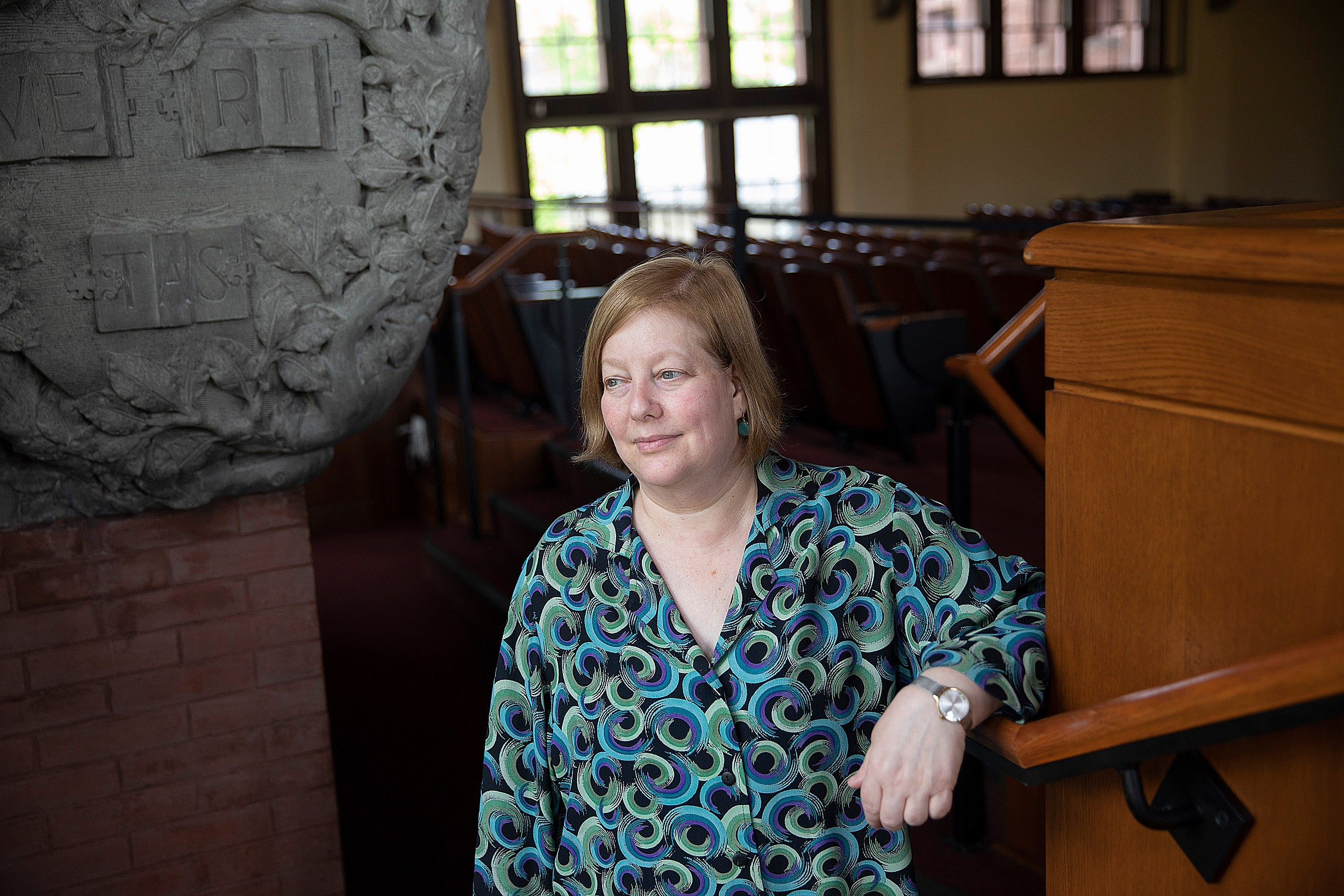 """Students learn weighty lessons with Law School Professor Carol Steiker, who teaches """"Capital Punishment in America"""" in the fall and a clinic in the spring. Her students represent death row prisoners by working as interns with law firms, NGOs, and governmental agencies."""