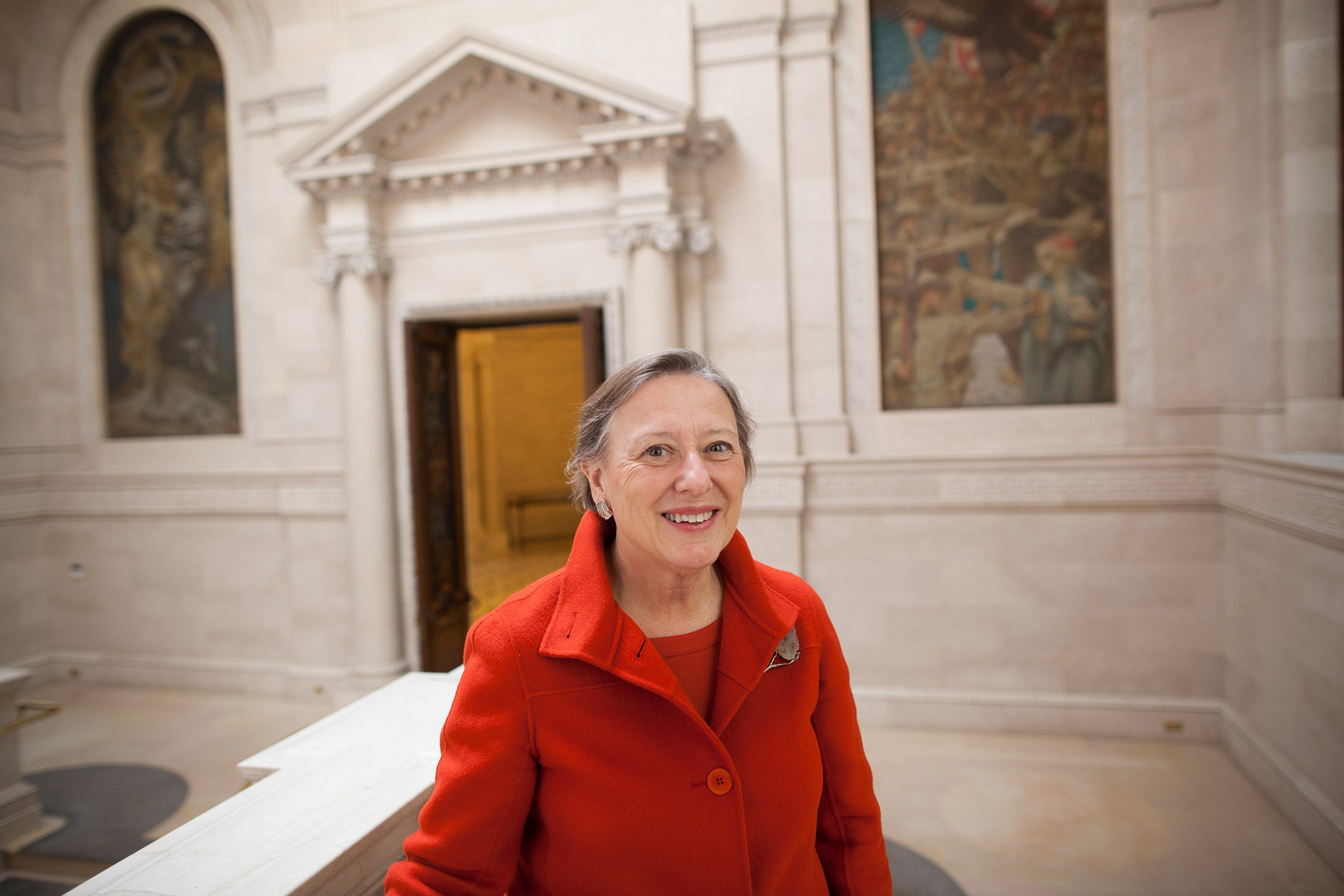 Sarah Thomas, vice president of the Harvard Library, will step down at the end of the year. Thomas spearheaded efforts to advance digital scholarship, making millions of pages of resources available to scholars around the world.