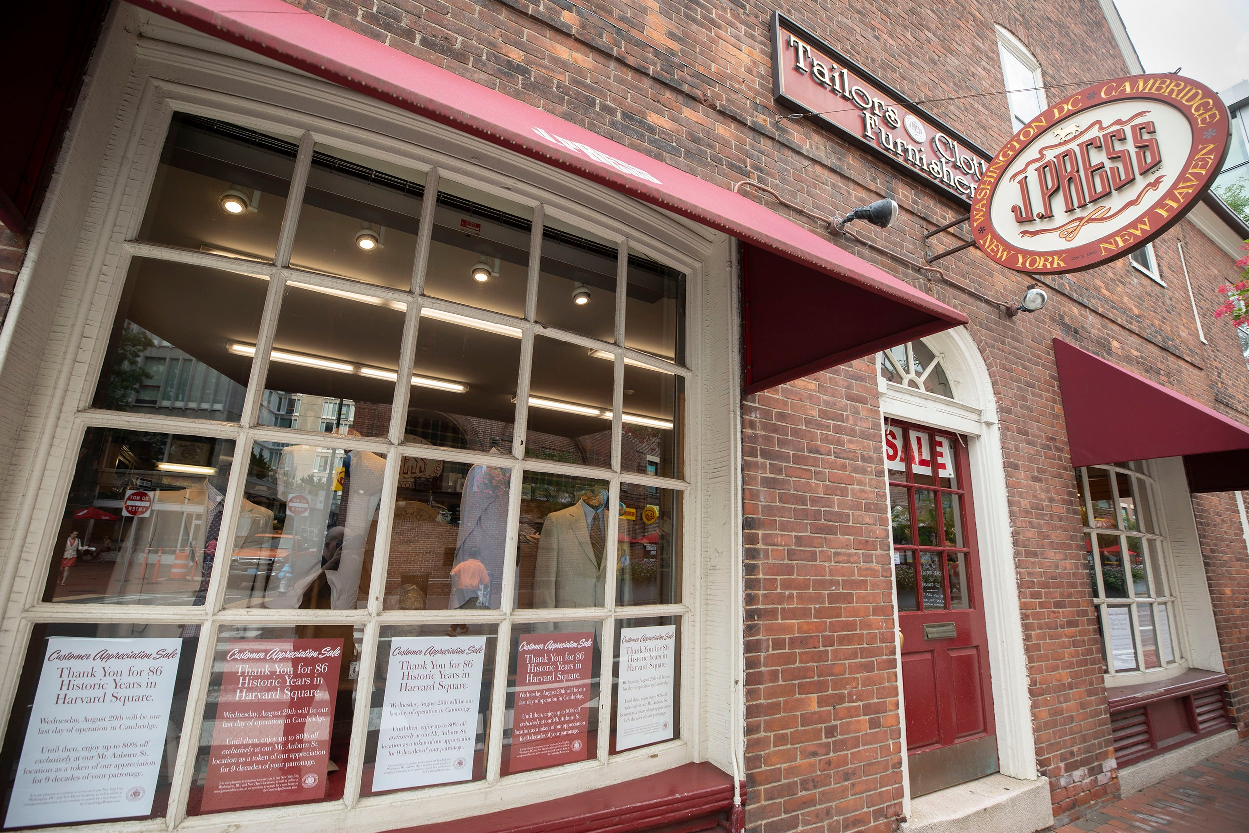 J. Press, one of the originators and last bastions of Ivy League style, will be closing its Harvard Square men's store on Mount Auburn Street.