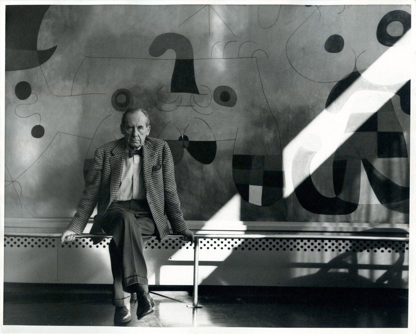 Walter Gropius with Joan Miro mural, Graduate Center, Harvard University.
