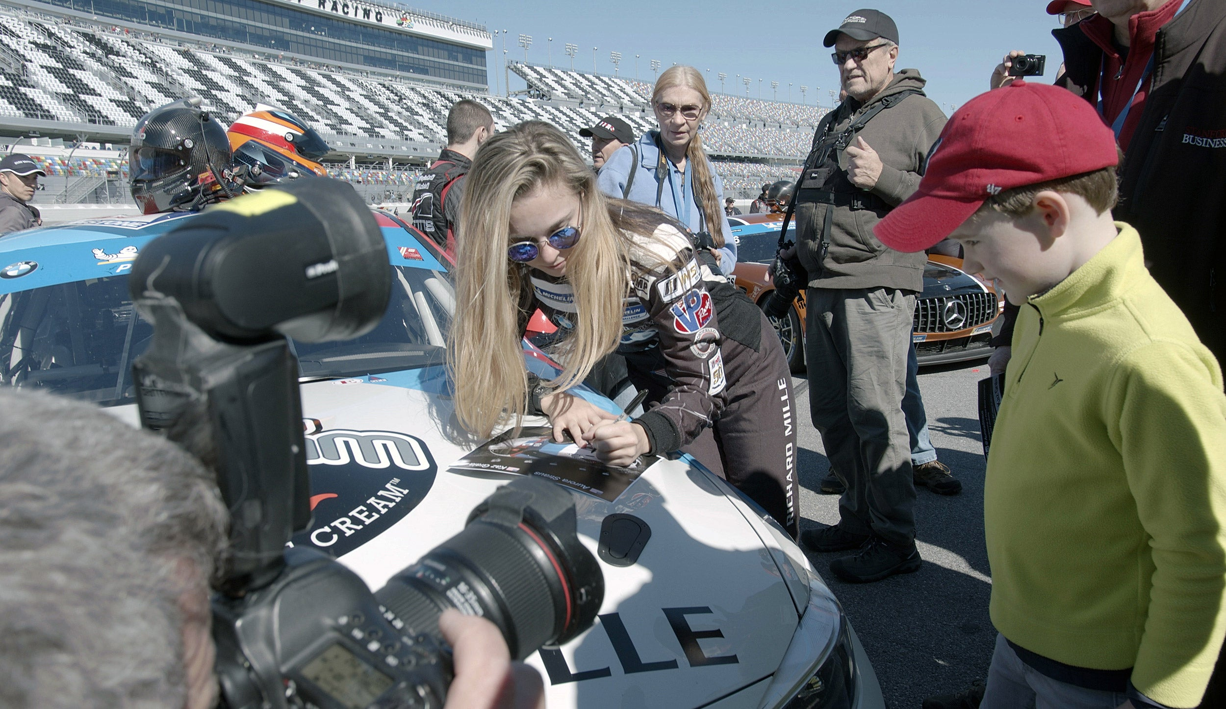 Aurora Straus signs autographs in Daytona Beach, Fla.