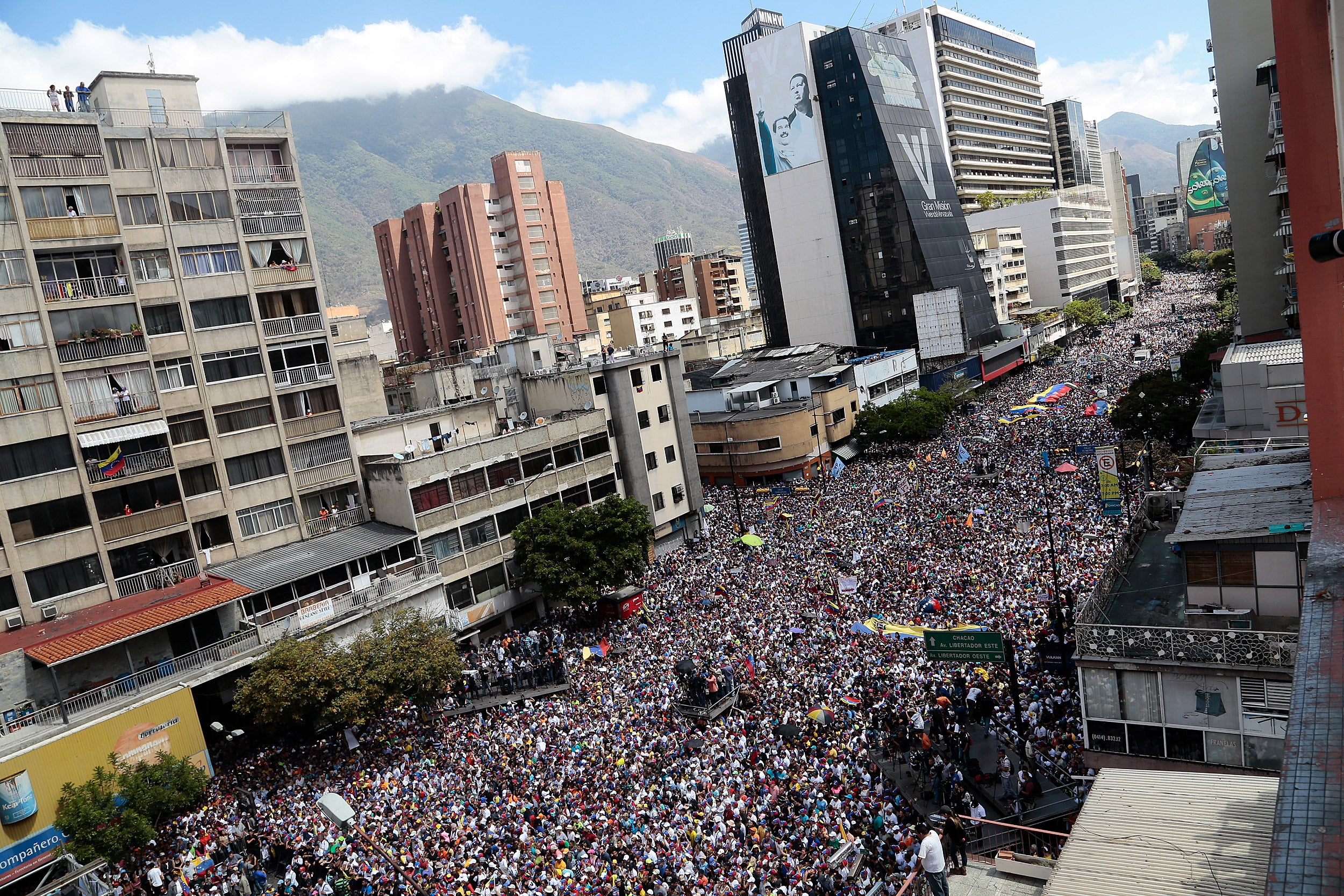 Protesters fill streets of Caracas,