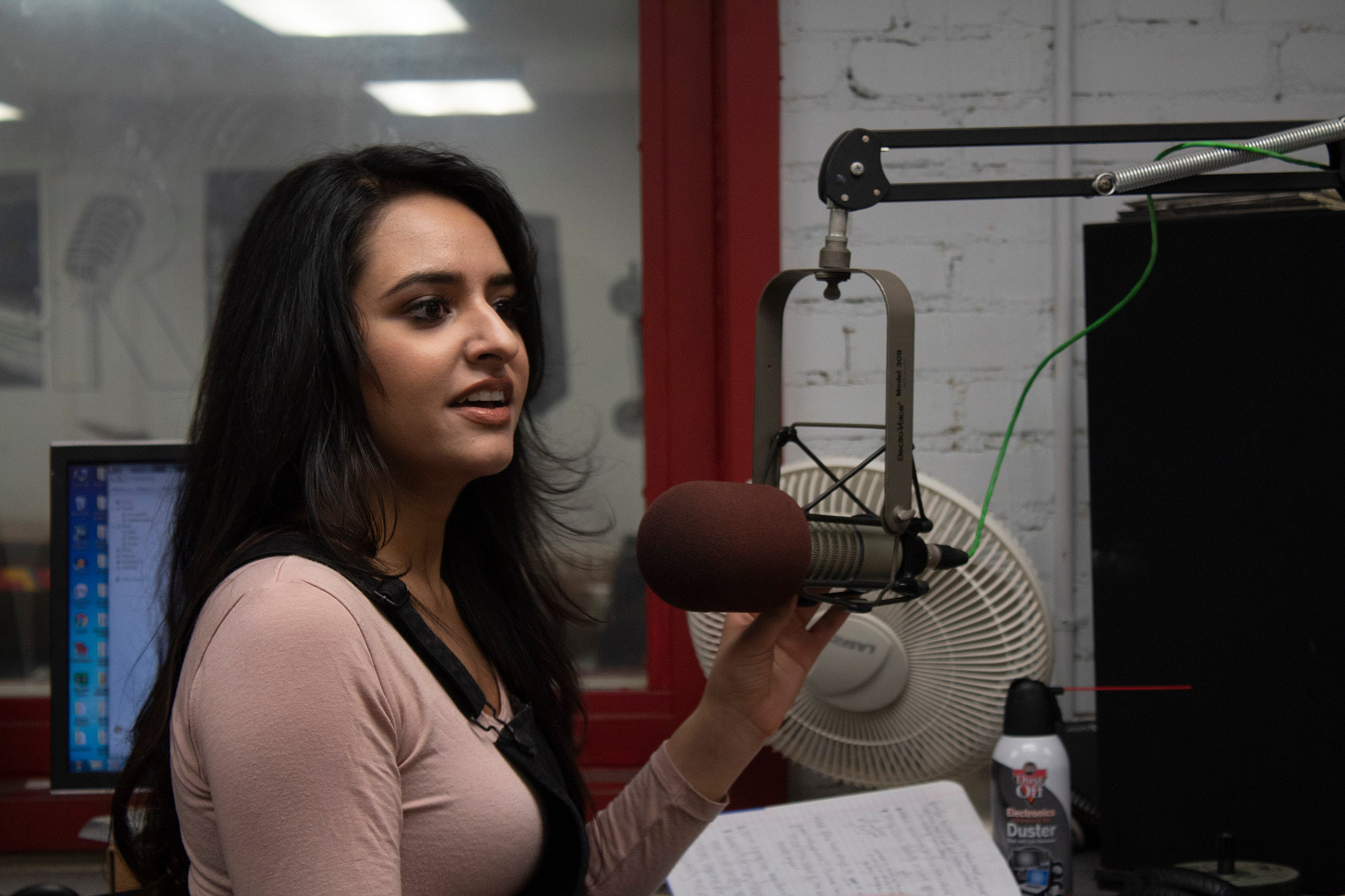 Henna Hundal in the studio.