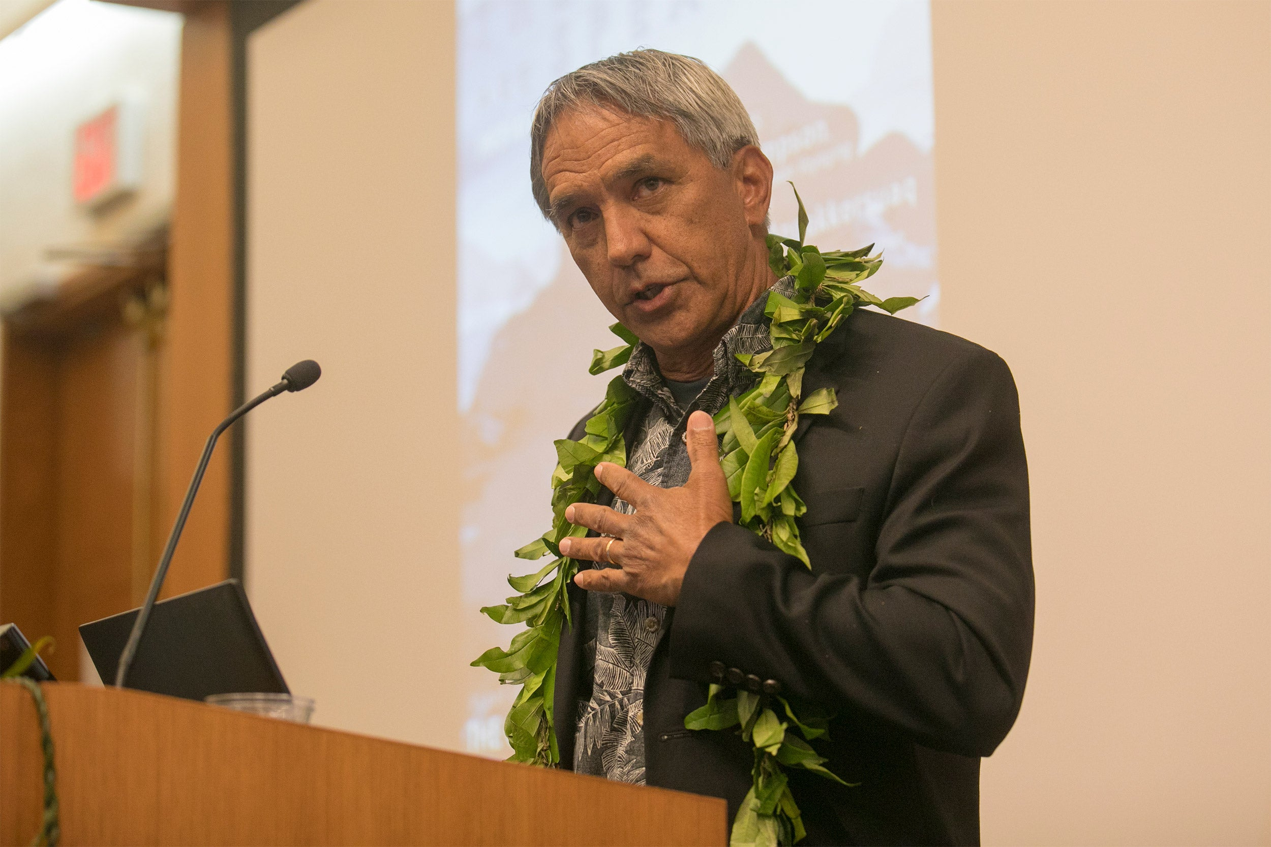 Nainoa Thompson at the podium