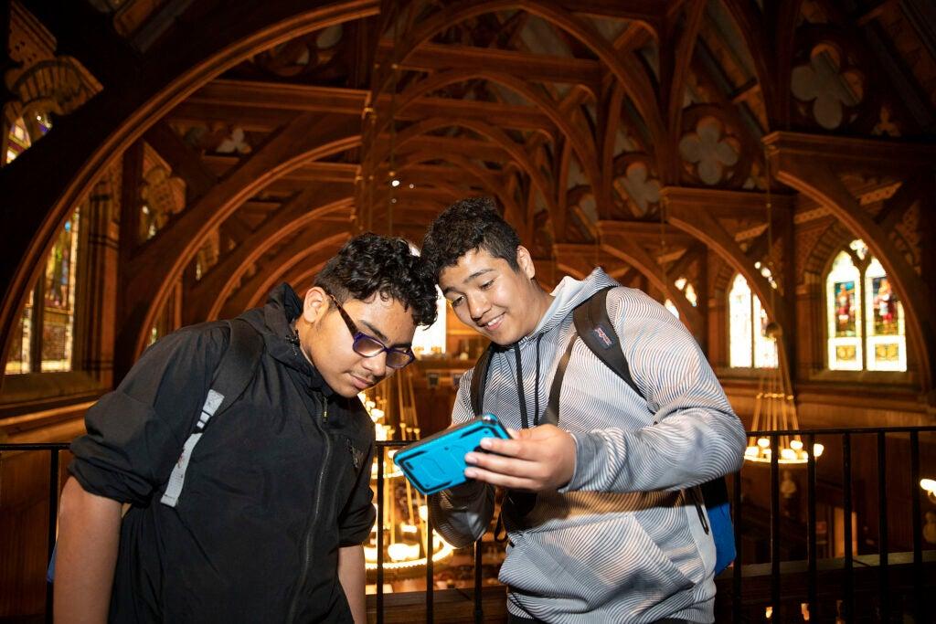 Saul Machuca and Christian Ramos Ochoa visit Harvard.