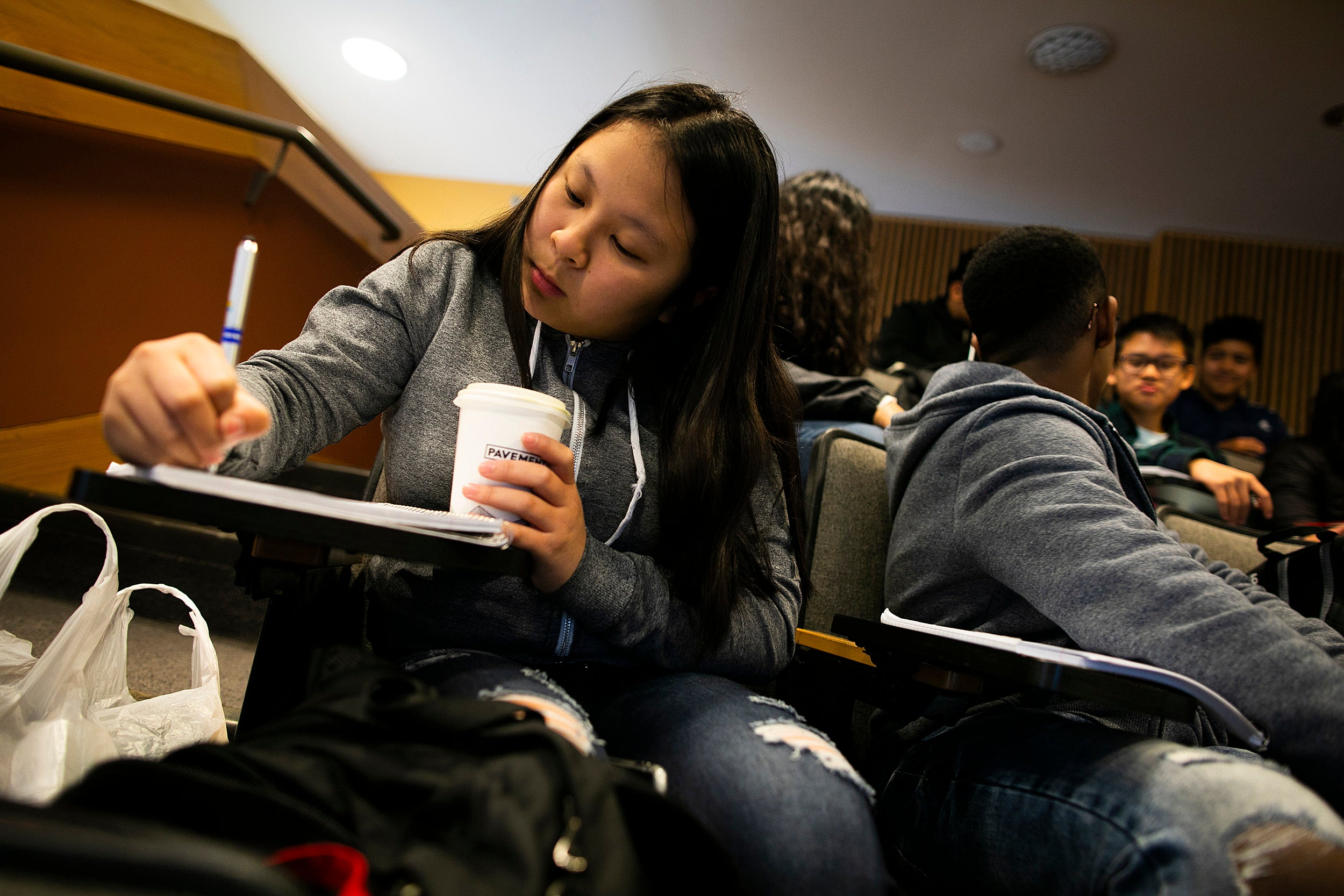 Harvard Club of Seattle sponsors field trip to Cambridge for ninth-graders