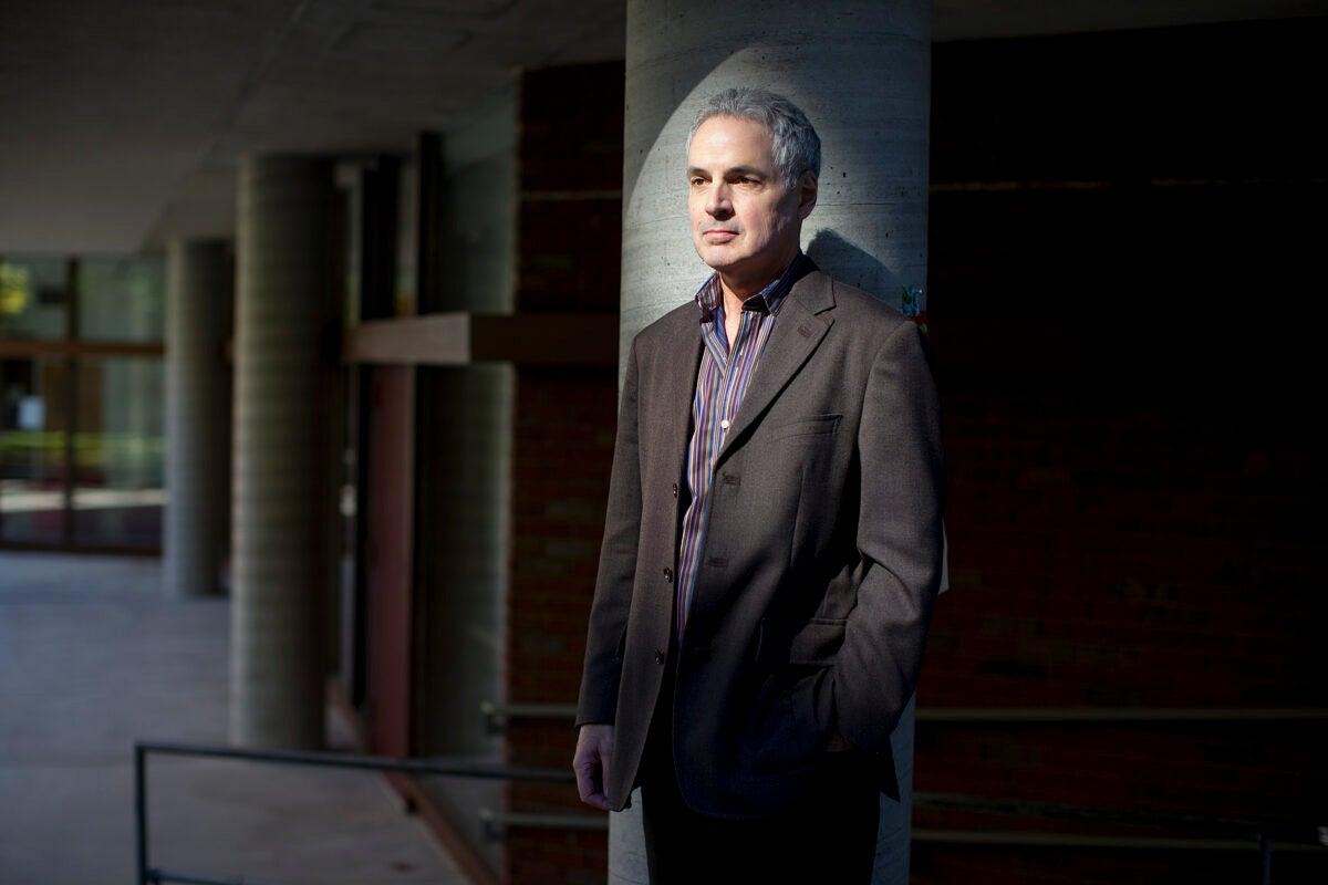Professor Robert Sampson