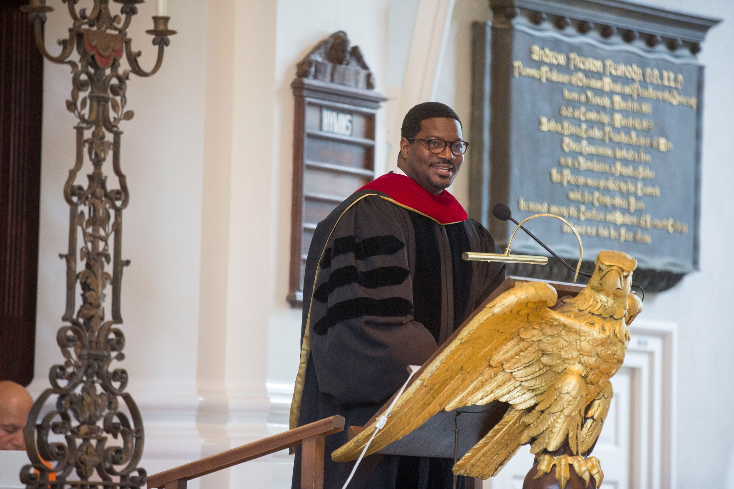 Jonathan Walton, who assumed leadership of the Memorial Church in 2012, will step down this summer to join Wake Forest University School of Divinity, Harvard announced today.