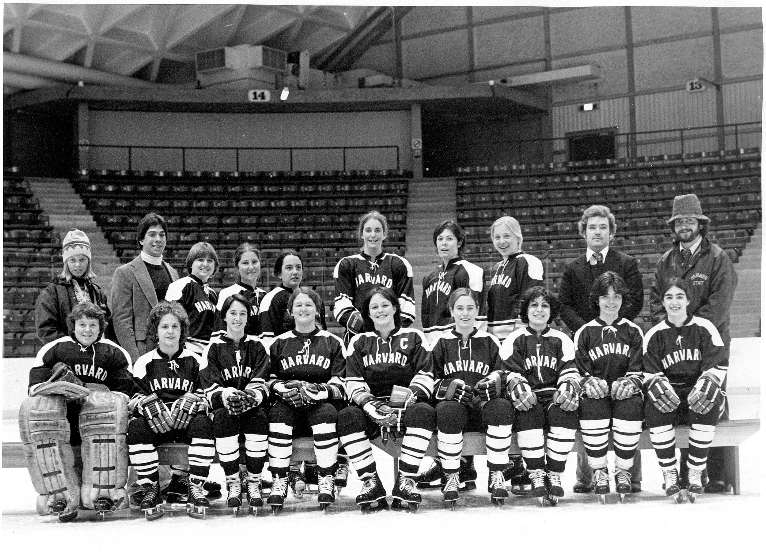 An old photo of the Harvard women's hockey team