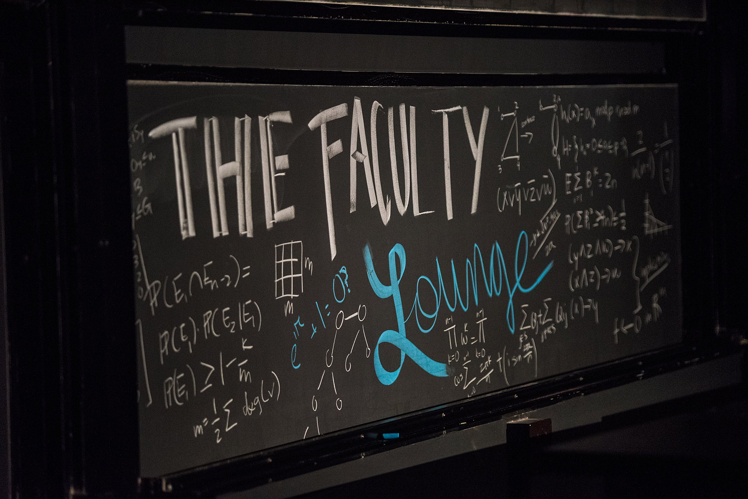 Chalkboard touting Faculty Lounge.