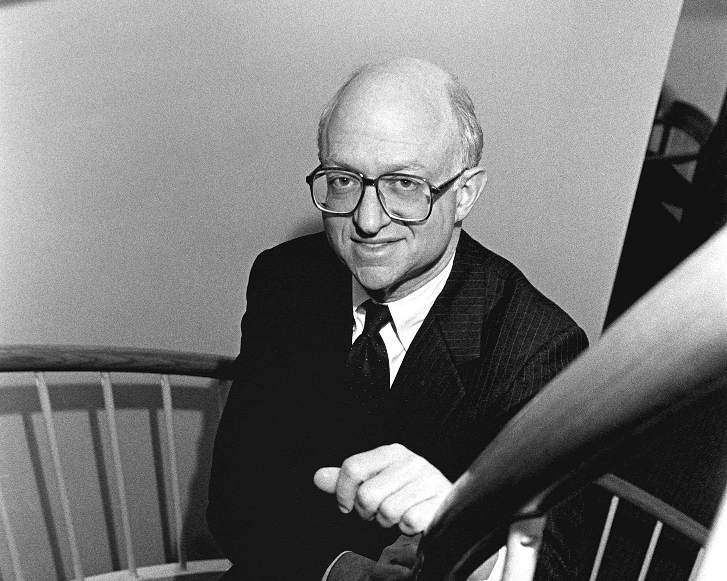 Faculty portrait of Martin Feldstein