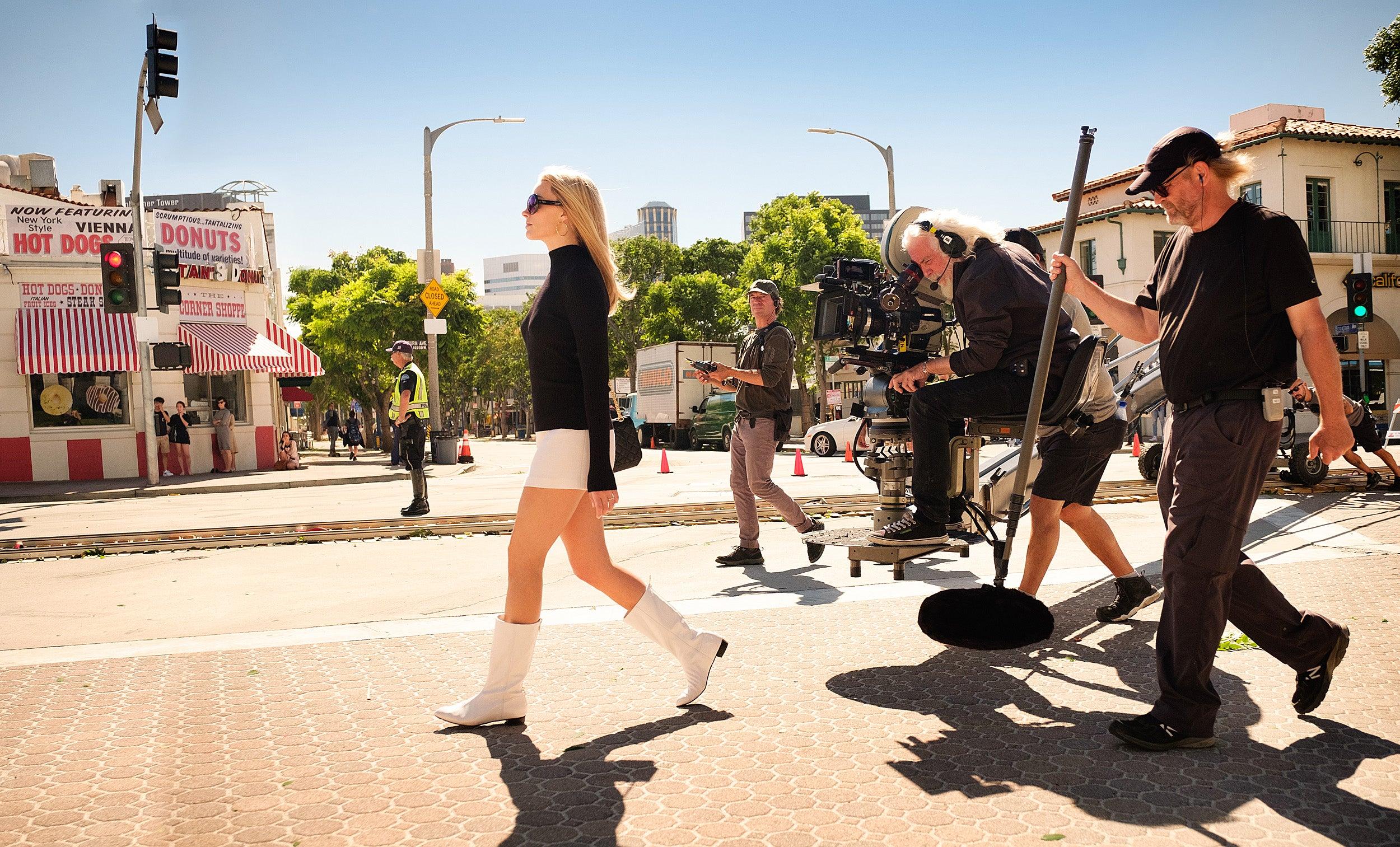 Margot Robbie on set