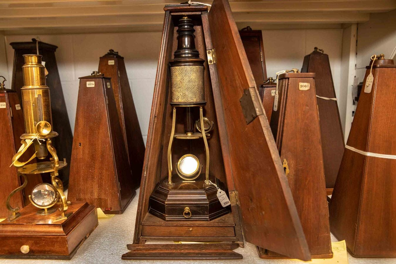 Microscopes made in London circa 1730.