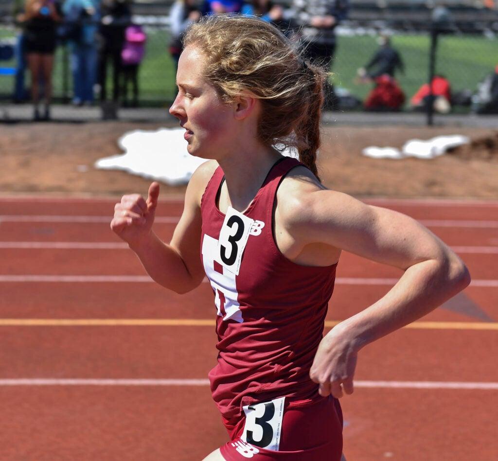Lauren Spohn running track.