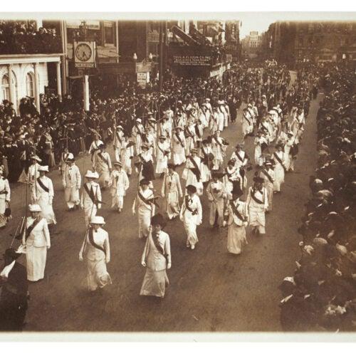 Suffrage march Boston 1914.
