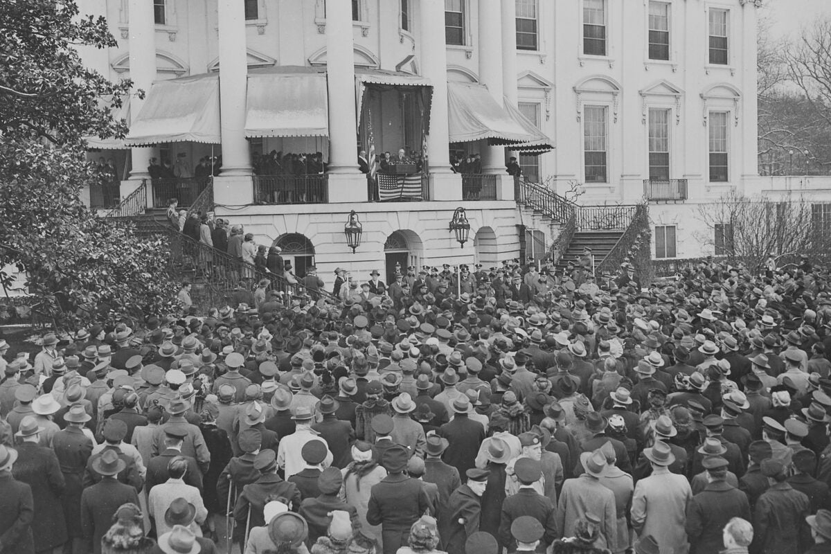 File:Photograph of President Franklin D. Roosevelt delivering his fourth Inaugural Address.