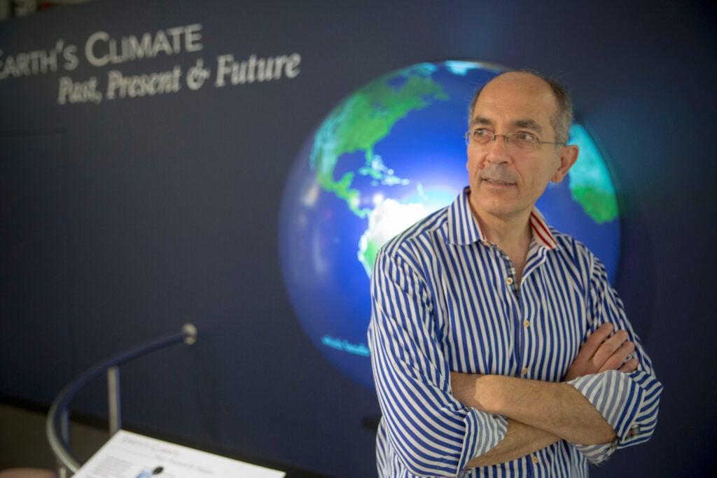 Jerry Mitrovica.