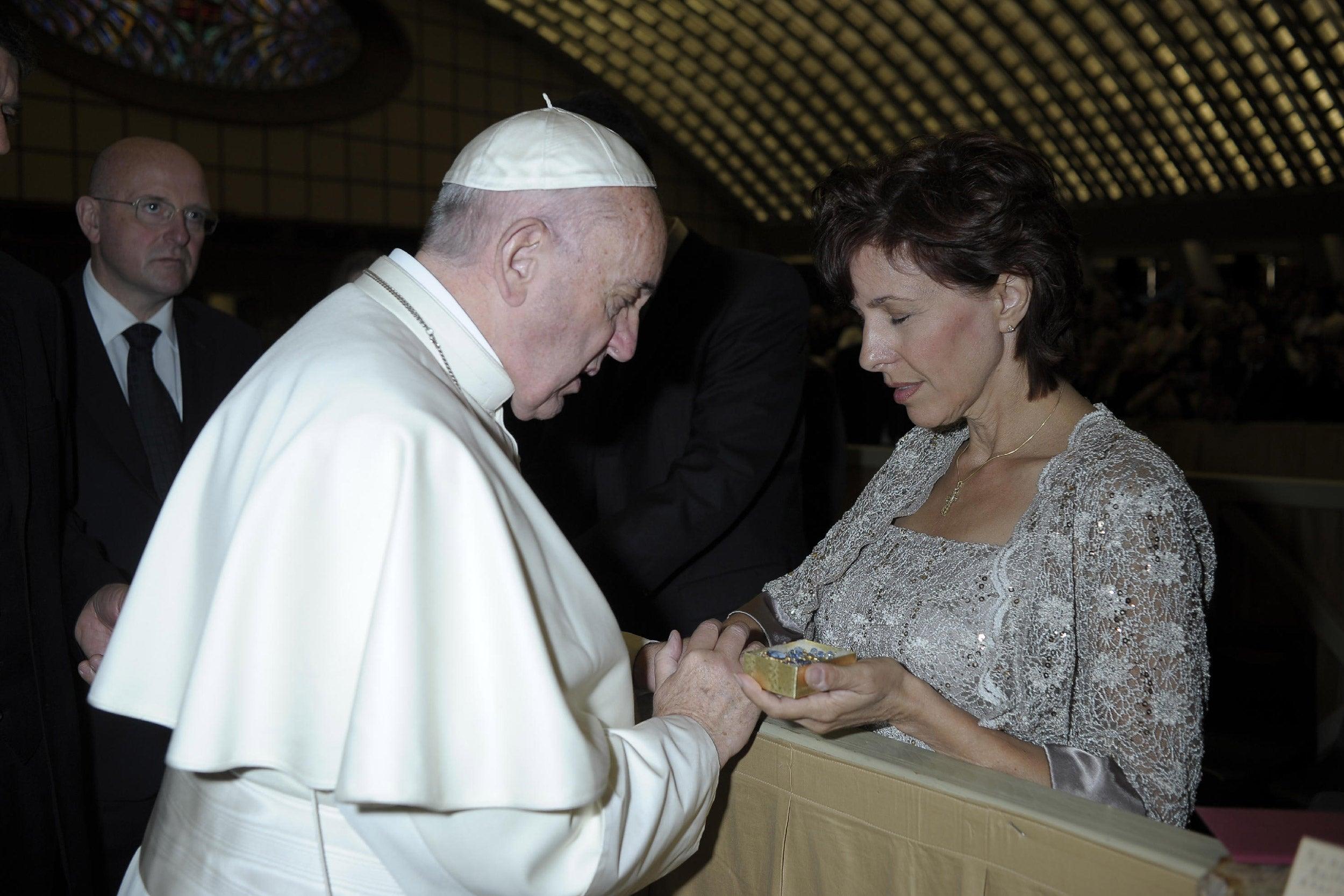 Pope Francis and Jennifer Wortham.