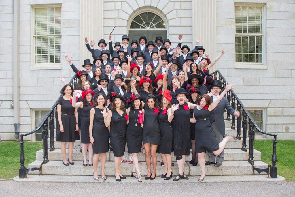 Alumni group photo.